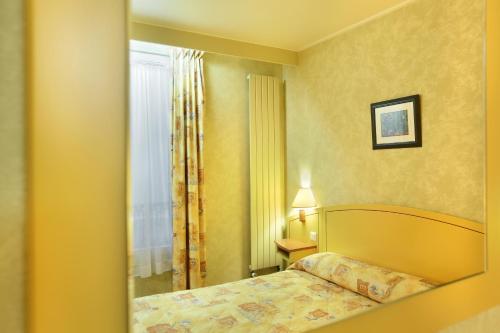Hotel des Carmes photo 25