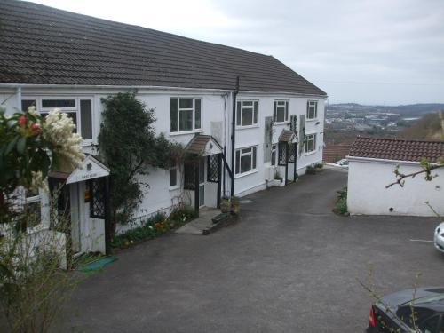 Cwmbach Guest House picture 1 of 35