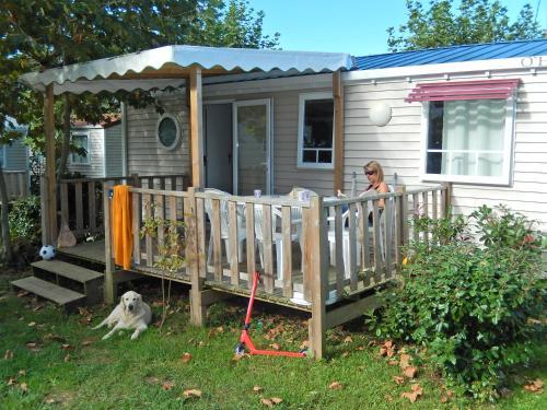 Three-Bedroom Mobile Home (6 People)