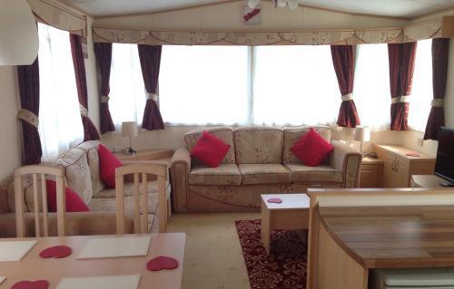 Bambi Luxury Static Caravan, Polperro, Cornwall