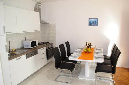 Hotel Apartment Jakov