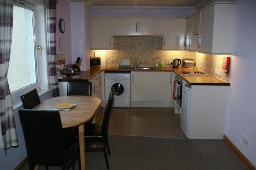 Picture of Glenlochy Nevis Bridge Apartments