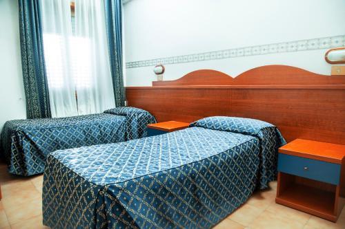 Camp's Hotel