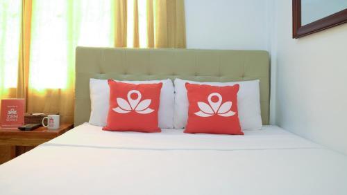 picture 1 of ZEN Rooms Makati Riverside
