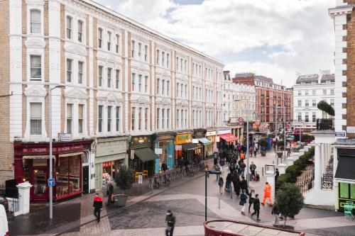 Dream South Kensington Apartment photo 16