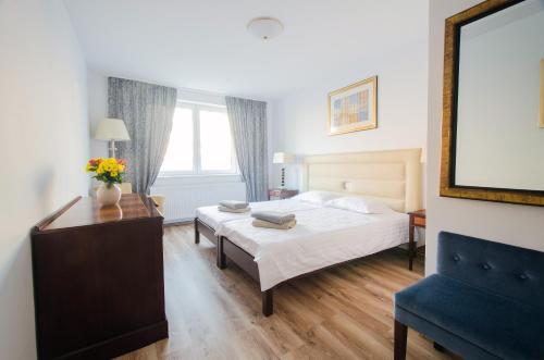 . Hotel EKA