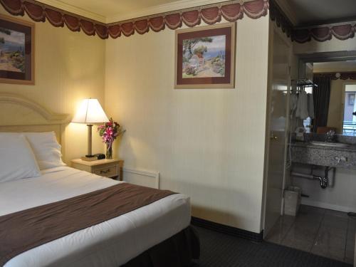 San Francisco Inn - image 5