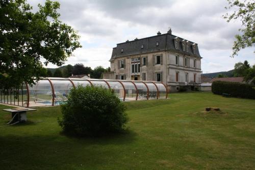 . Le Château
