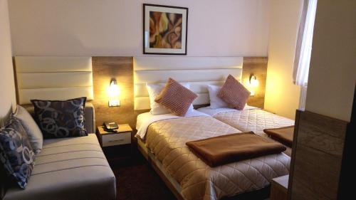 . Hotel Čile