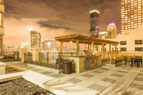 Ultra Modern Suites In Jersey City - Jersey City, NJ 07310