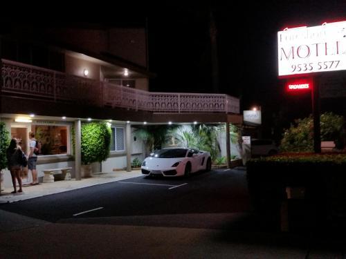 . Mandurah Foreshore Motel