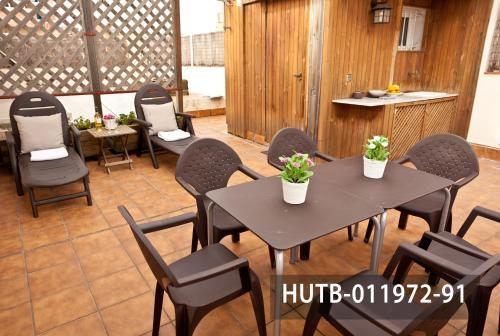 Fira Turistic House photo 17