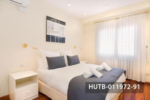 Fira Turistic House photo 43