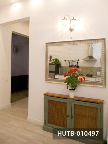 Modernist Marina Apartment photo 36