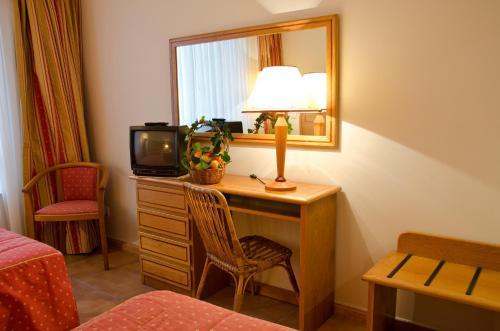 Vip Inn Miramonte Hotel - Photo 4 of 51