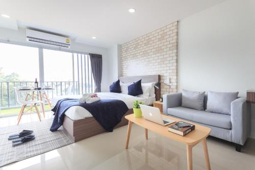 Q Space Residence photo 15