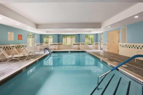Homewood Suites Wallingford-Meriden - Wallingford, CT 06492