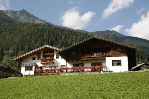Residence Karnutsch St. Walburg Ultental