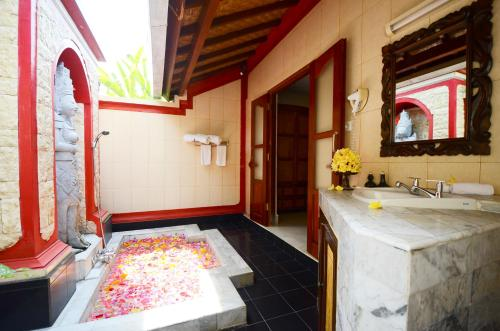Villa Superior dengan Paket Pijat (Superior Villa with Massage Package)
