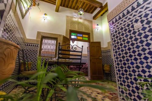 HotelDar Bhija