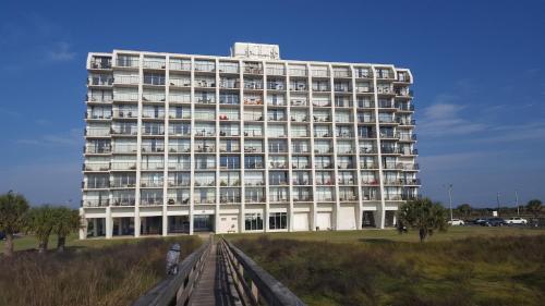 Islander East Condominiums