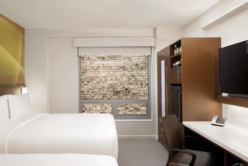 LUMA Hotel - Times Square Номер с 2 кроватями размера «queen-size»