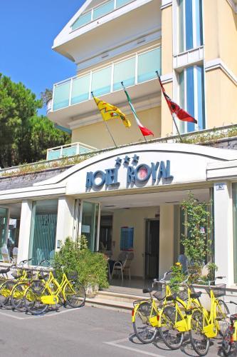 . Hotel Royal