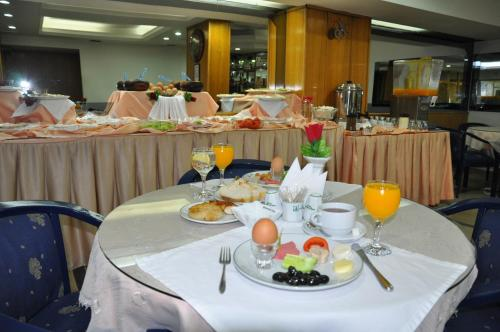 Izmir Hotel Kabacam fiyat