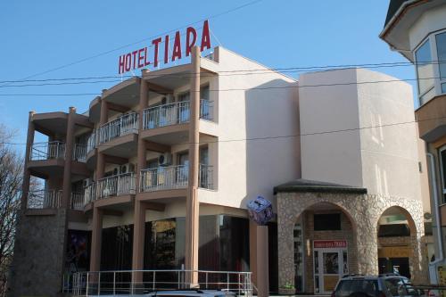 . Tiara Hotel