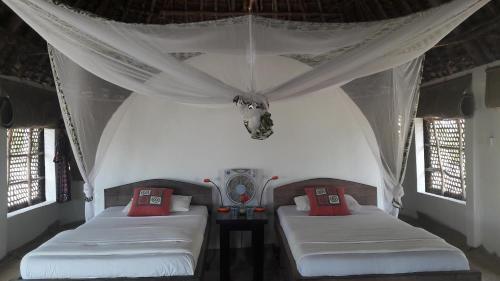 Emayani Beach Lodge, Pangani