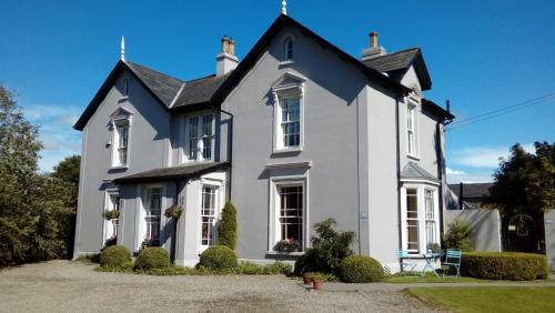 Marlagh Lodge (Bed and Breakfast)