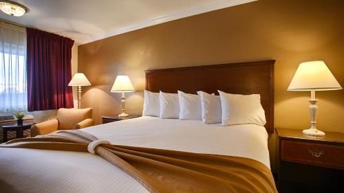 Days Inn & Suites By Wyndham Lodi