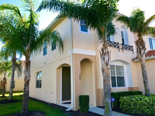 Three Bedrooms Townhome 3099 - Kissimmee, FL 34746