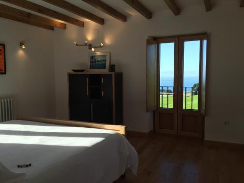 Three-Bedroom Townhouse Casa Xabú 8