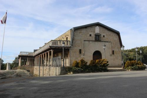 __{offers.Best_flights}__ Parador de Gredos