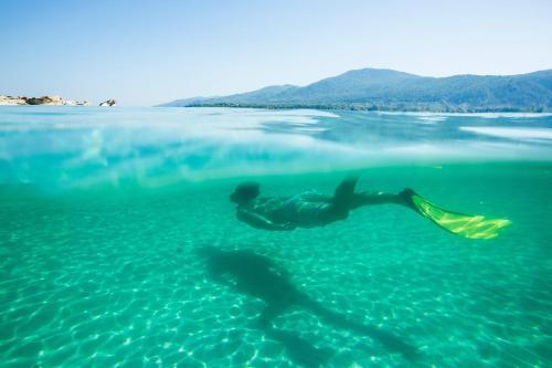 Vourvourou 630 78, Sithonia, Greece.