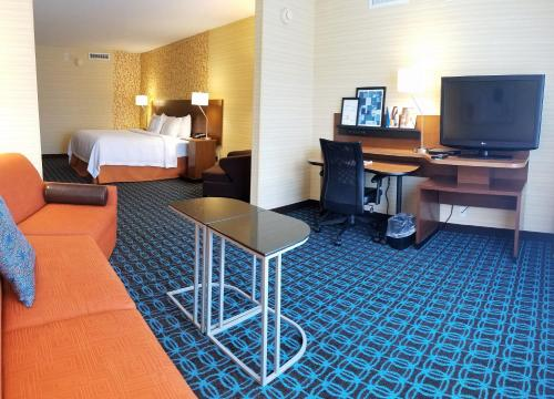 Fairfield Inn and Suites by Marriott Rochester West-Greece