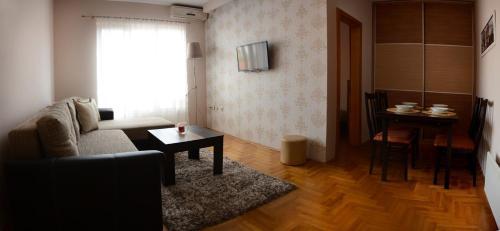 . Love Apartment