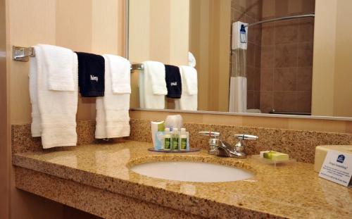Photo - Best Western PLUS University Park Inn & Suites