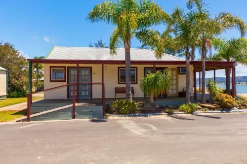 Coachhouse Marina Resort PayPal Hotel Batemans Bay