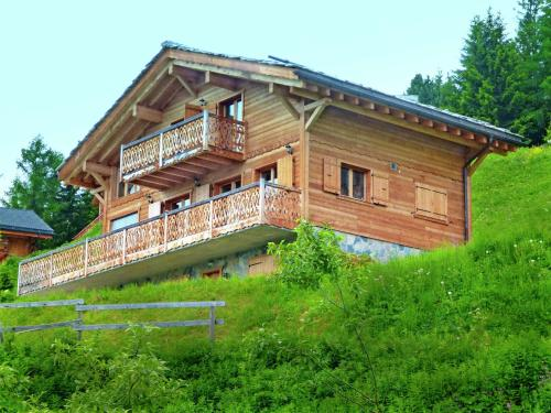 Chalet with Breathtaking Mountain View and Jacuzzi in Les Collons - Thyon les Collons