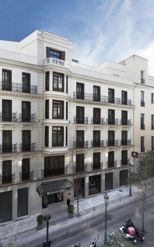 San Agustín 3, 28014 Madrid, Spain.