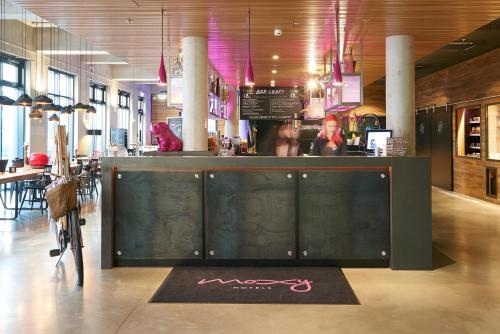 Moxy Frankfurt Airport photo 25