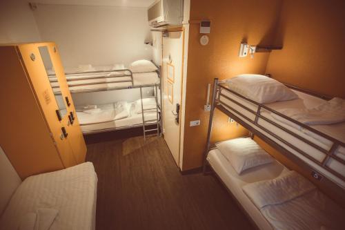 Budget Hotel Tourist Inn photo 59