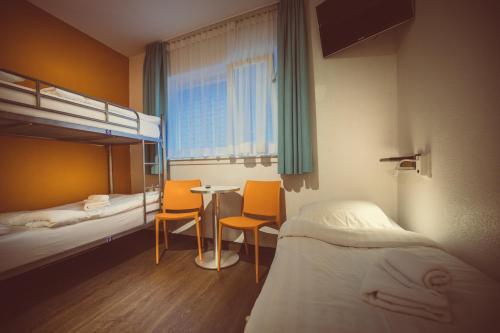 Budget Hotel Tourist Inn photo 9