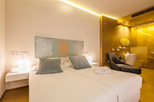 Habitación Doble Patio - 2 camas Hotel Viento10 4