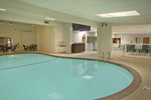 Days Inn by Wyndham St. Paul-Minneapolis-Midway