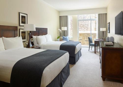 Deluxe Queen Room with Two Queen Beds with Courtyard View