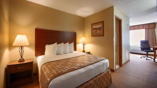 Surestay Plus Hotel Poteau By Best Western - Poteau, OK 74953
