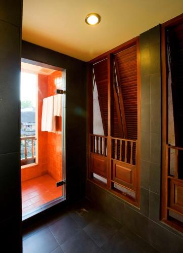 Lamphu Tree House Boutique Hotel photo 100